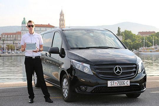 Swiss-taxi.com is your #1 transfer service for all destinations in in Zwitserland and Europe. Book your taxi transfer with Swiss-taxi.com now!